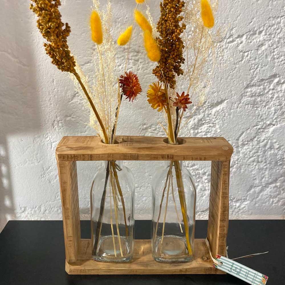 Vase avec bouquets