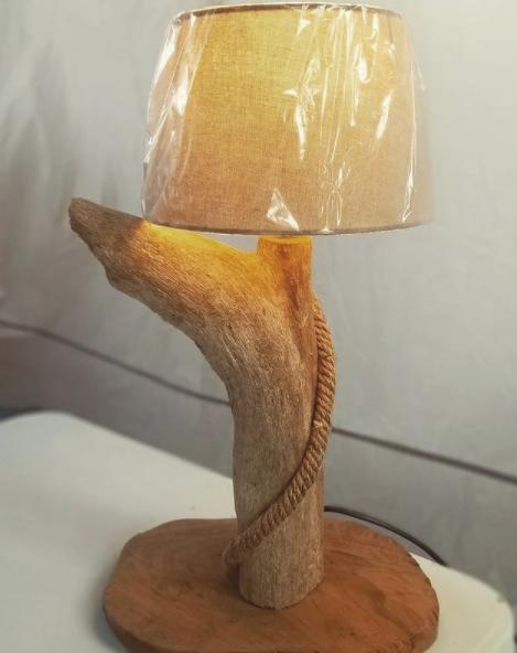 lampe sur souche
